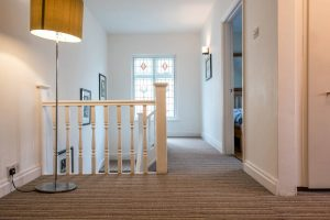 stripe-carpet-installed-on-stairs-by-beckenham-carpets (8)
